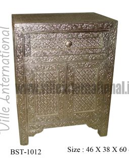 white-metal-bedside-cabinet-with-one-drawer